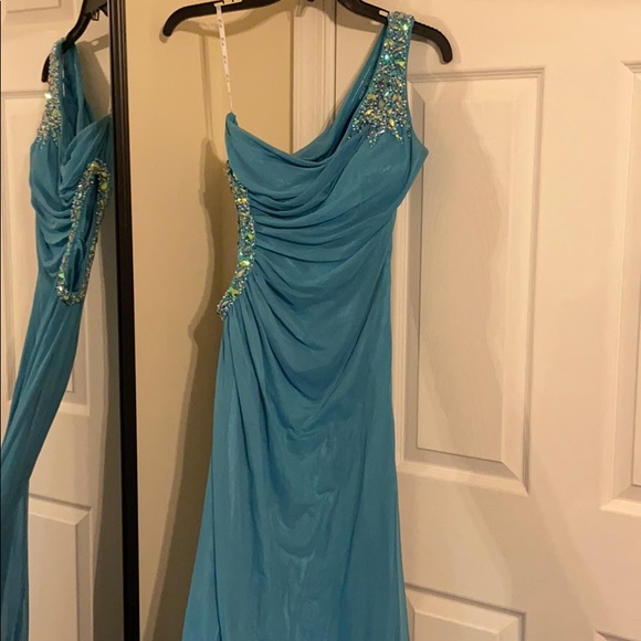Camille La Vie Dresses & Skirts - Long Blue Formal Dress